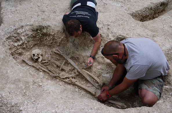 Ветеран раскопал могилу саксонского воина VI века