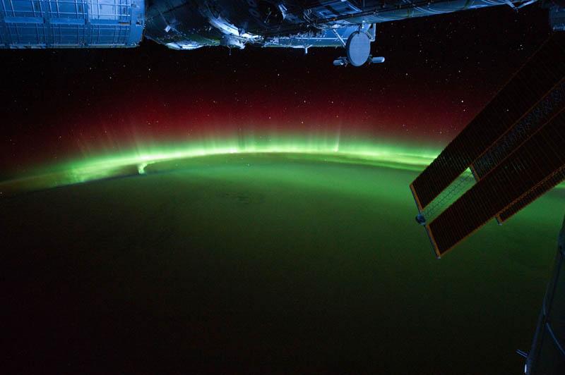 308 Ночь на планете: 30 фото из космоса