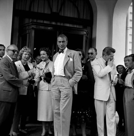 1953 - Gary COOPER, Jean MARAIS (439x445, 43Kb)