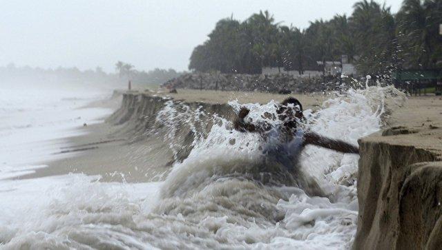 Опубликовано видео бушующего в США урагана «Флоренс». Есть жертвы