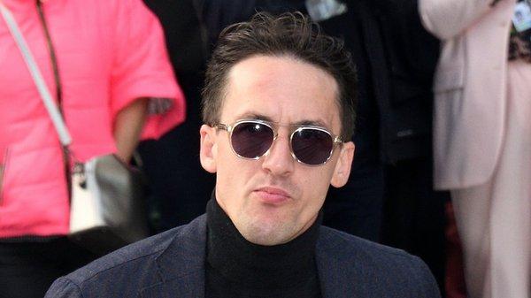 Артур Смольянинов будет целую неделю ходить в кинотеатр на работу