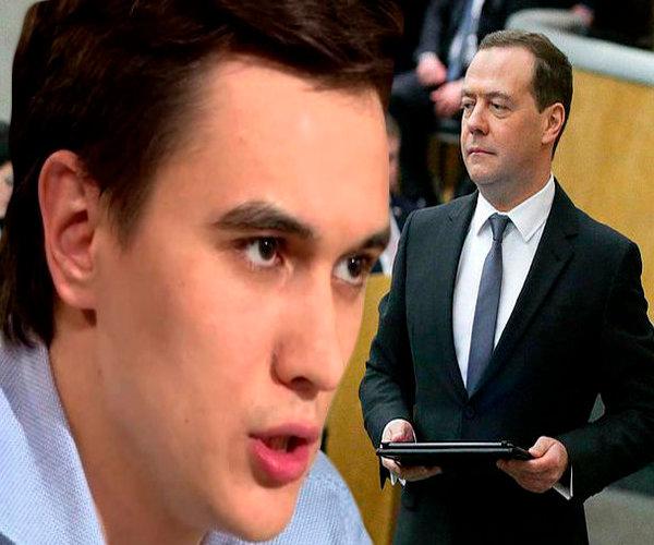 Экономист Жуковский: правительство в этом году заработало много денег, но все равно сэкономит на социалке