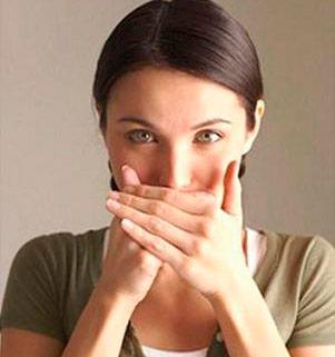 запах изо рта при диете как избавиться