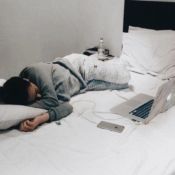 10 способов заснуть быстрее.
