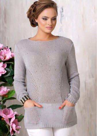 Как стильно носить обычный серый свитер: потрясающие варианты