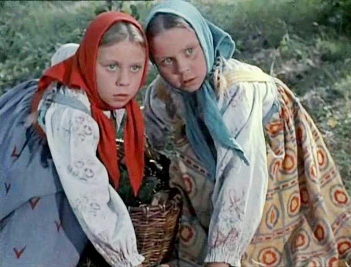 Сестры Юкины в фильме *Морозко*, 1964 | Фото: kinodir.com