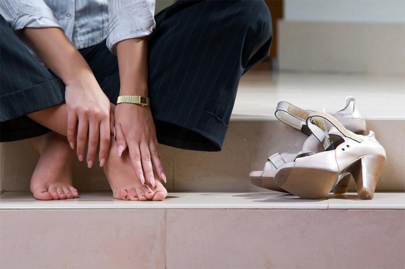 Шишка на большом пальце ноги - народные методы лечения