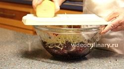 пошаговый фото-рецепт и видео рецепт Салат из свёклы Диетический
