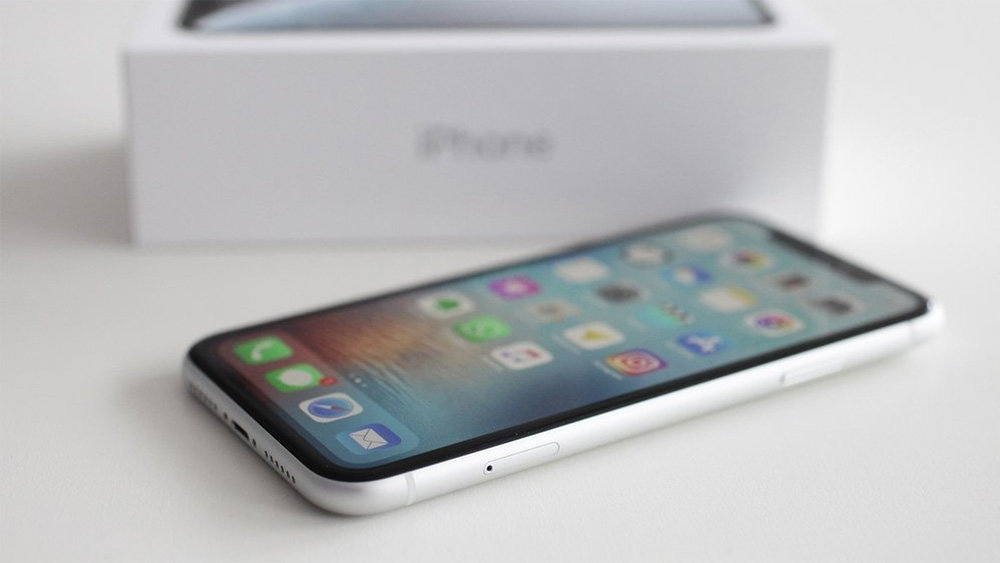В России рухнули цены на самый дешевый iPhone XR