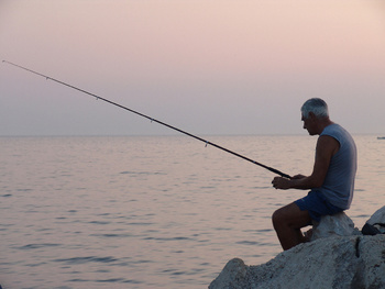 Дорогих россиян обложат новым налогом на рыбалку