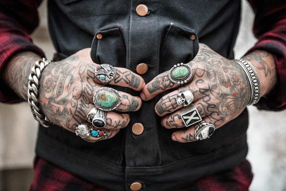 Во Владивостоке стартовал фестиваль татуировок