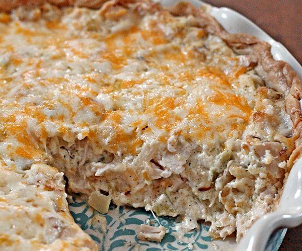 Готовим шикарный пирог с индейкой, картофелем и моцареллой
