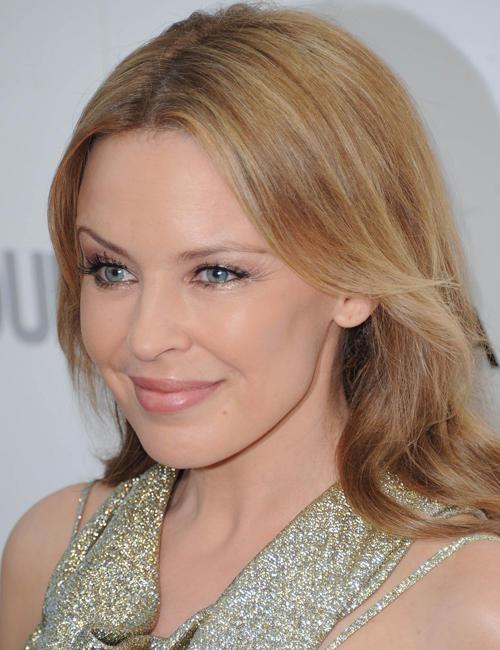 Kylie Minogue peels 17 знаменитостей, которые смогли победить рак