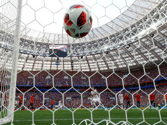 Аааааа!!!!!! Россия, что ты делаешь?!! Исторический матч Испания-Россия закончился со счетом 4:3