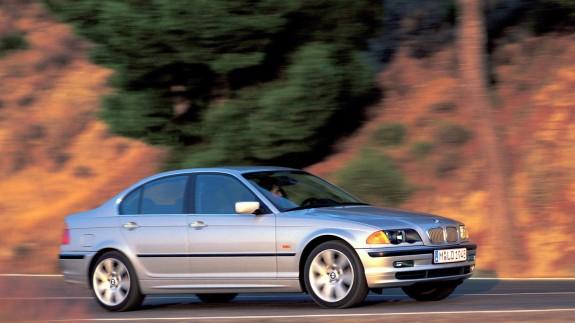 BMW отзывает 1,6 млн автомобилей из-за дефекта подушек безопасности