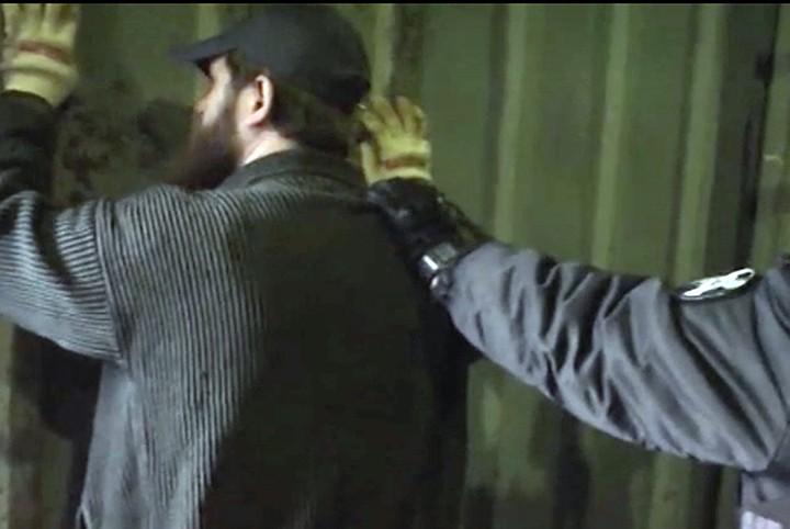 ФСБ задержала в Татарстане террористов со стреляющими ручками, как у Джеймса Бонда