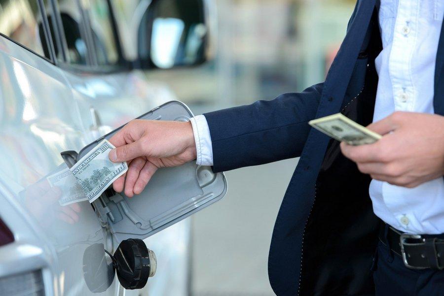 Что с ценами на бензин? Пора бить тревогу?