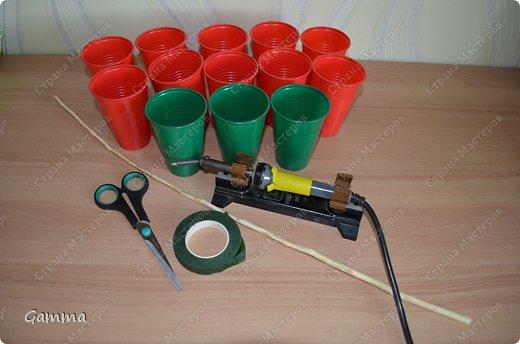 Мастер-класс: Астры из стаканчиков Стаканы. Фото 2