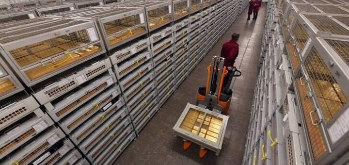 Россия меняет бумаги США на золото