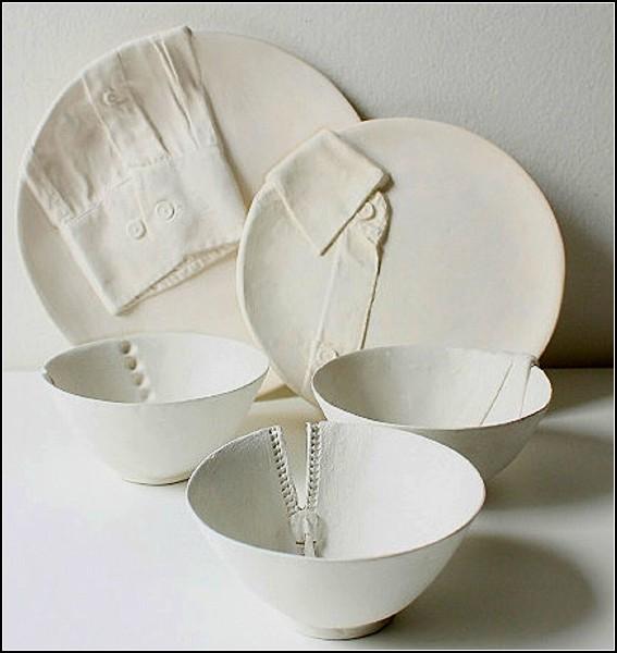 Креативная посуда, переодетая к ужину.
