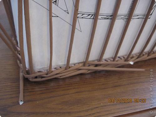 Мастер-класс,  Плетение, : Плетение квадратной (прямоугольной ) коробки Бумага газетная . Фото 25