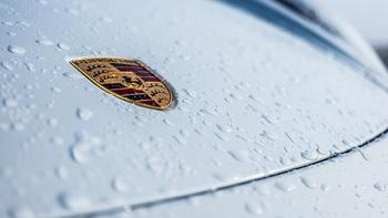 Власти Германии потребовали отозвать 60 тысяч автомобилей Porsche