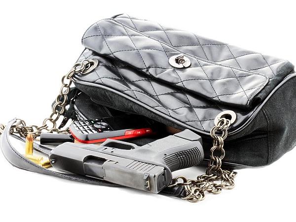 Государство насаждает неприемлемость личной вооружённой самообороны