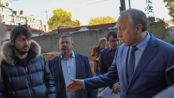 Радаев раскритиковал темпы строительства здания Госархива