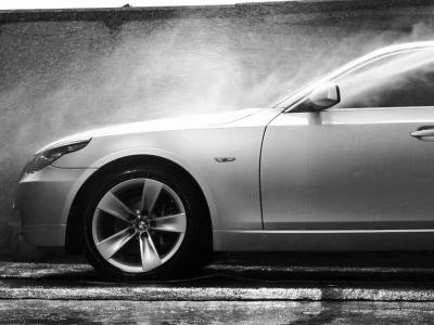 Как не испортить автомобиль во время мойки: 10 важных правил