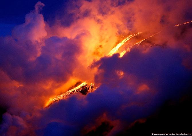 Внутри вулкана