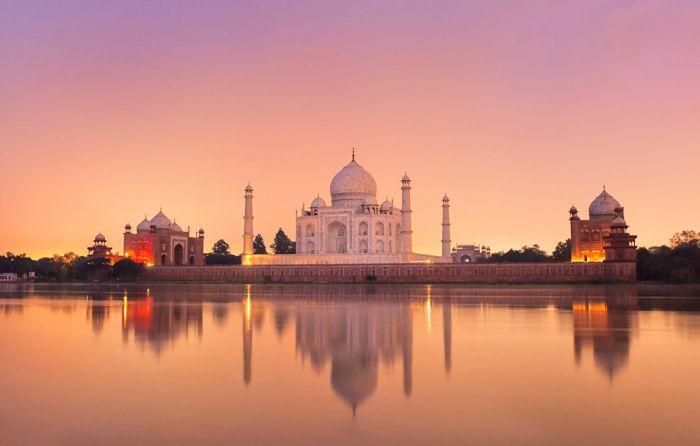 Величественный Тадж-Махал: Какая угроза нависла над самой известной достопримечательностью Индии