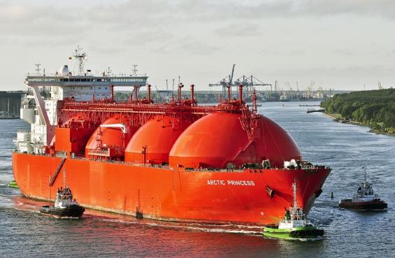 США запрещают Европе закупать газ из России, хотя сами купили уже третий танкер с СПГ из России
