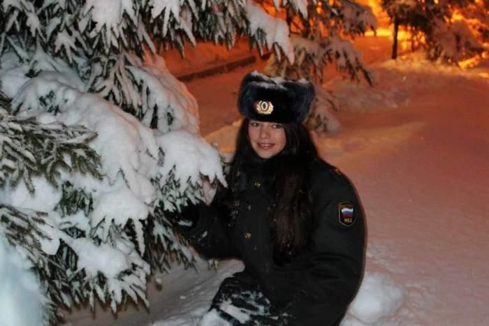Девушки из полиции России