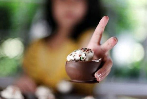 Шоколадный стаканчик-мороженое
