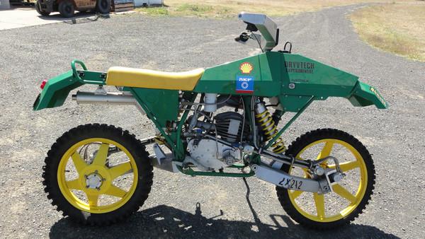 2×2×2 самый полноприводный мотоцикл в мире - Фото 1