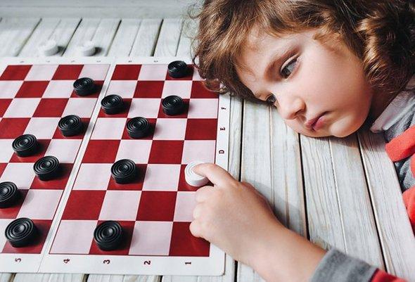 8 способов научить ребёнка принимать поражение