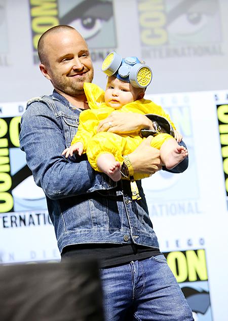 Аарон Пол с дочерью Стори