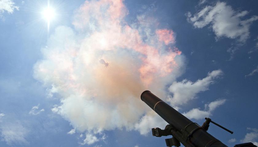 «Взрывная демобилизация»: украинские каратели внезапно для себя устроили фейерверк