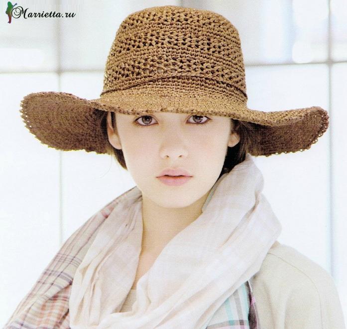 Стильная шляпка с широкими полями крючком