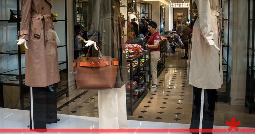Россиян предупредили о повышении цен на одежду и обувь