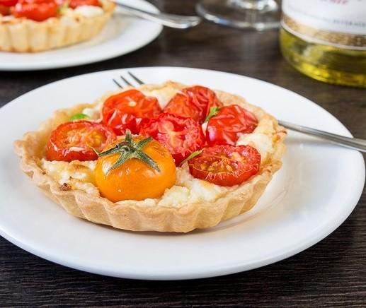 tomatnye-tartaletki-s-syrom (517x436, 128Kb)