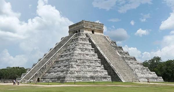 Пирамиды – скрытая угроза человечеству