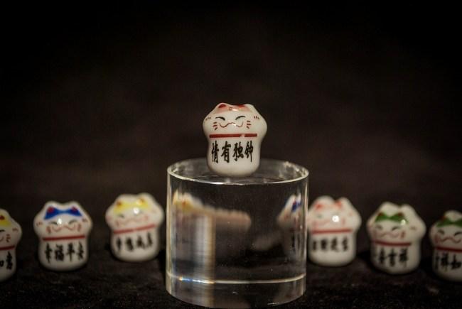 Манеки- нэко: Причуды или японское чудо?