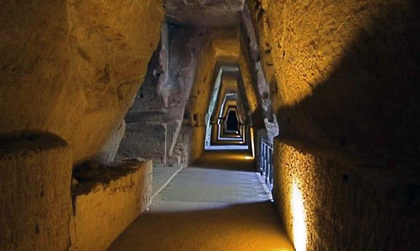 """Загадочная """"Пещера Сивиллы"""""""