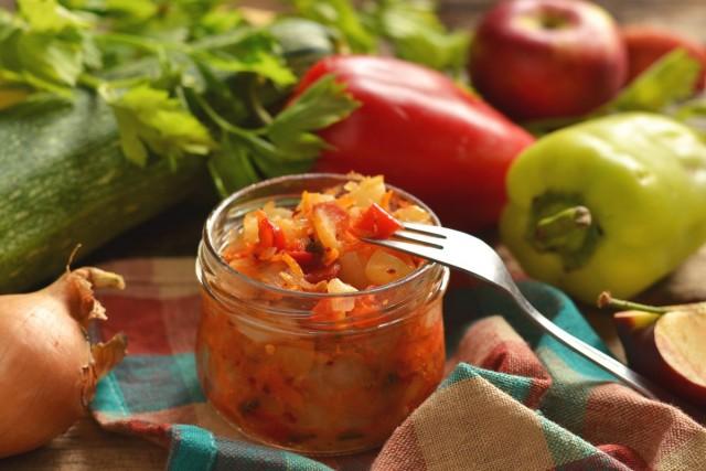 Овощное рагу с яблоками на зиму — необычно и очень вкусно