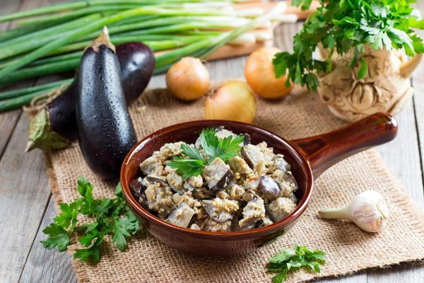 Закуска со вкусом грибов из баклажанов