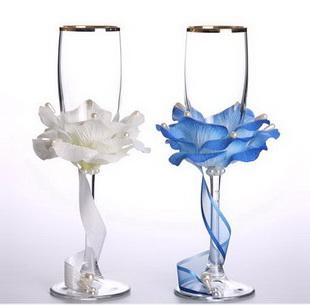 Свадебные бокалы своими руками - украшение из лепестков