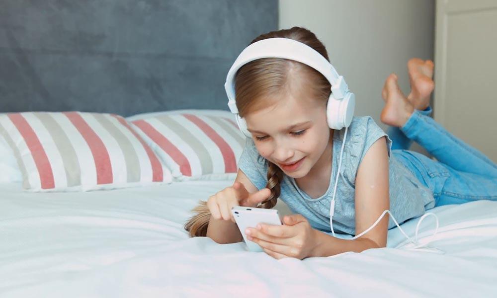 Что может рассказать о ребёнке музыка, которую он слушает