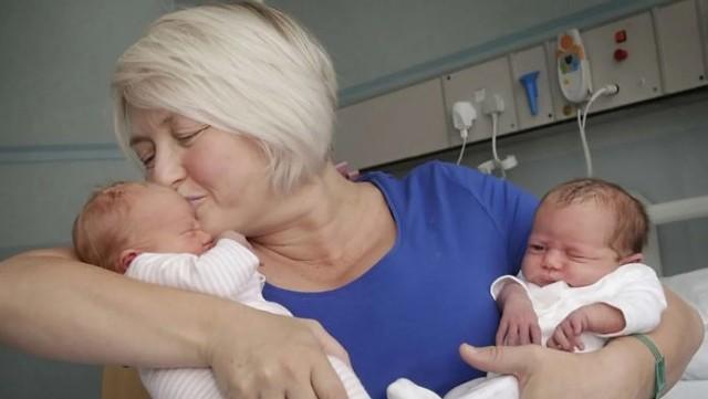 «Какие роды, доктор? Да у меня уже климакс почти год!» Анна Сергеевна была растеряна — она не понимала, о чем ей говорят врачи.