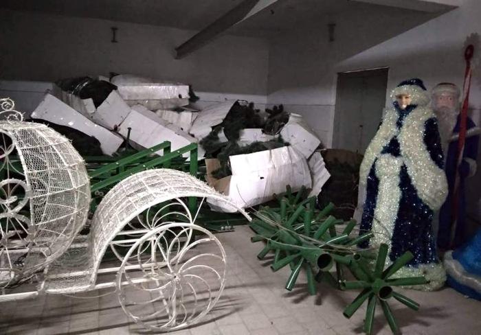 Сотрудники ФСБ нашли спрятанный товар на предприятии «Керчьгортранс»